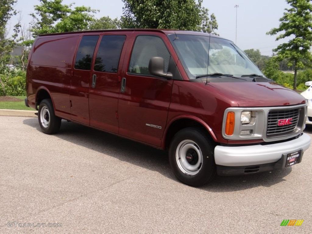Dark Toreador Red Metallic GMC Savana Van