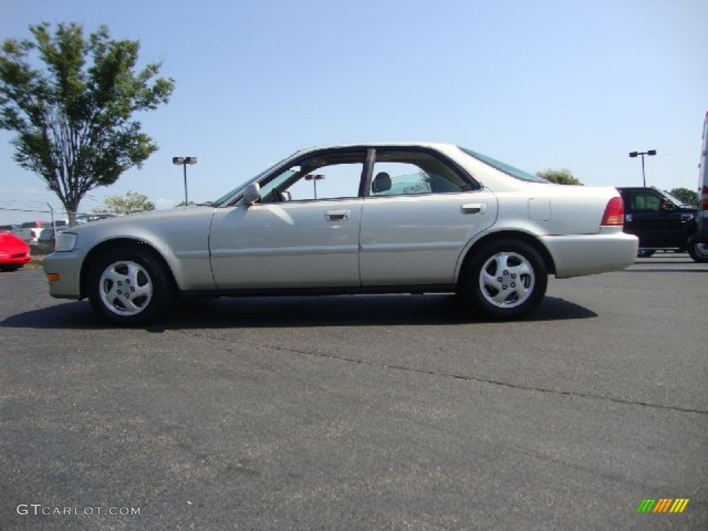 2010 Acura 3.2 TL photo - 3