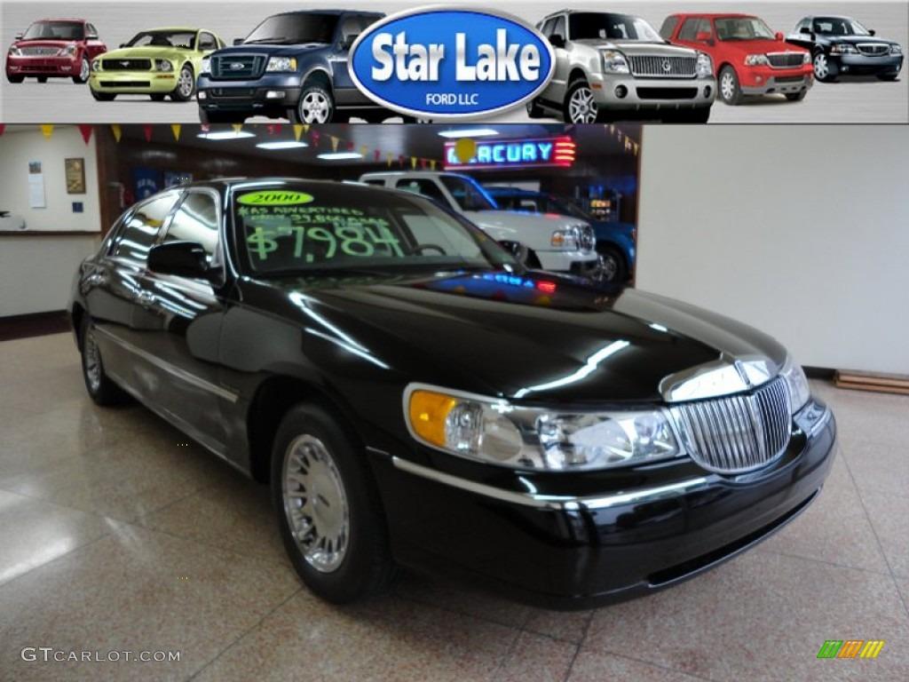 Black Lincoln Town Car Cartier