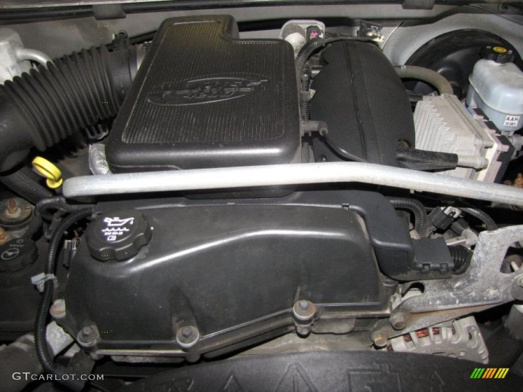 2004 GMC Envoy XUV SLE 4.2 Liter DOHC 24-Valve Inline 6 ...