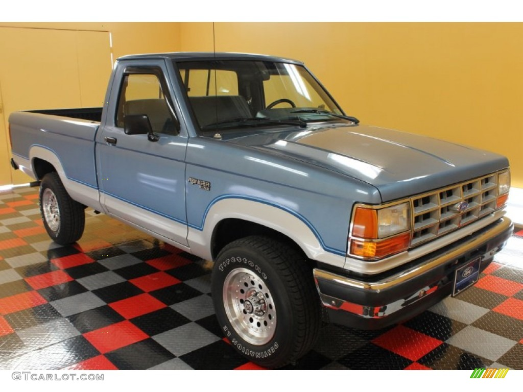 Light crystal blue metallic ford ranger