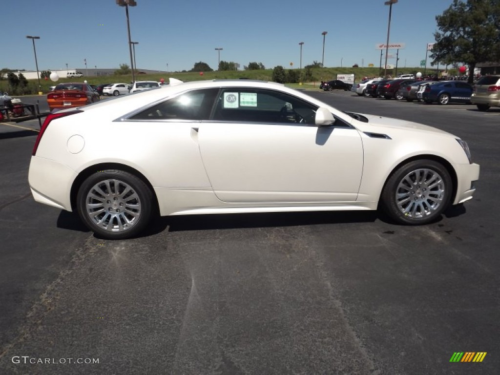 White Diamond Tricoat 2017 Cadillac Cts Coupe Exterior Photo 53821622