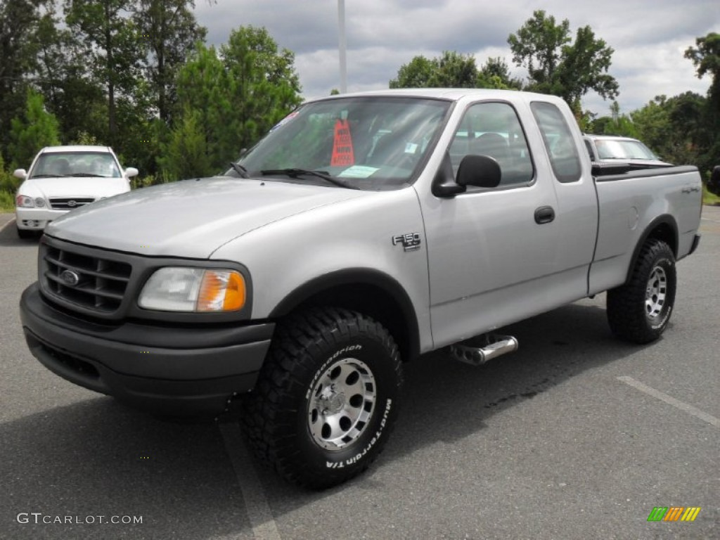 2003 Silver Metallic Ford F150 Xl Supercab 4x4 53811452