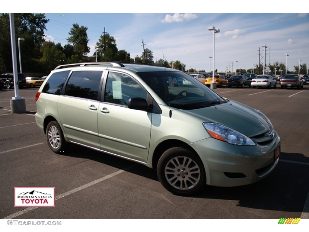 2009 silver pine mica toyota sienna le awd 53904152. Black Bedroom Furniture Sets. Home Design Ideas
