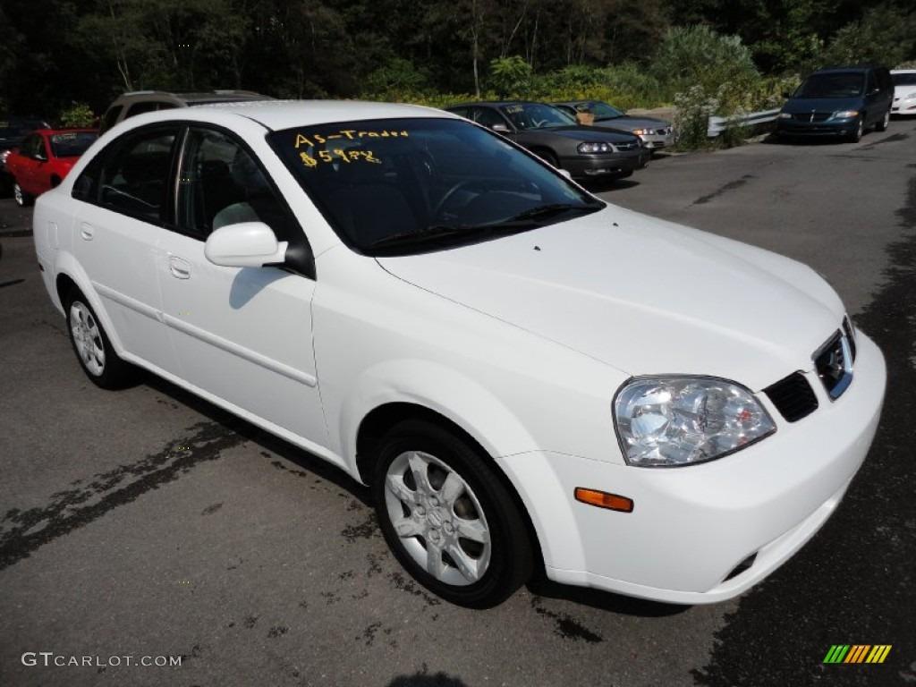 White Suzuki Forenza