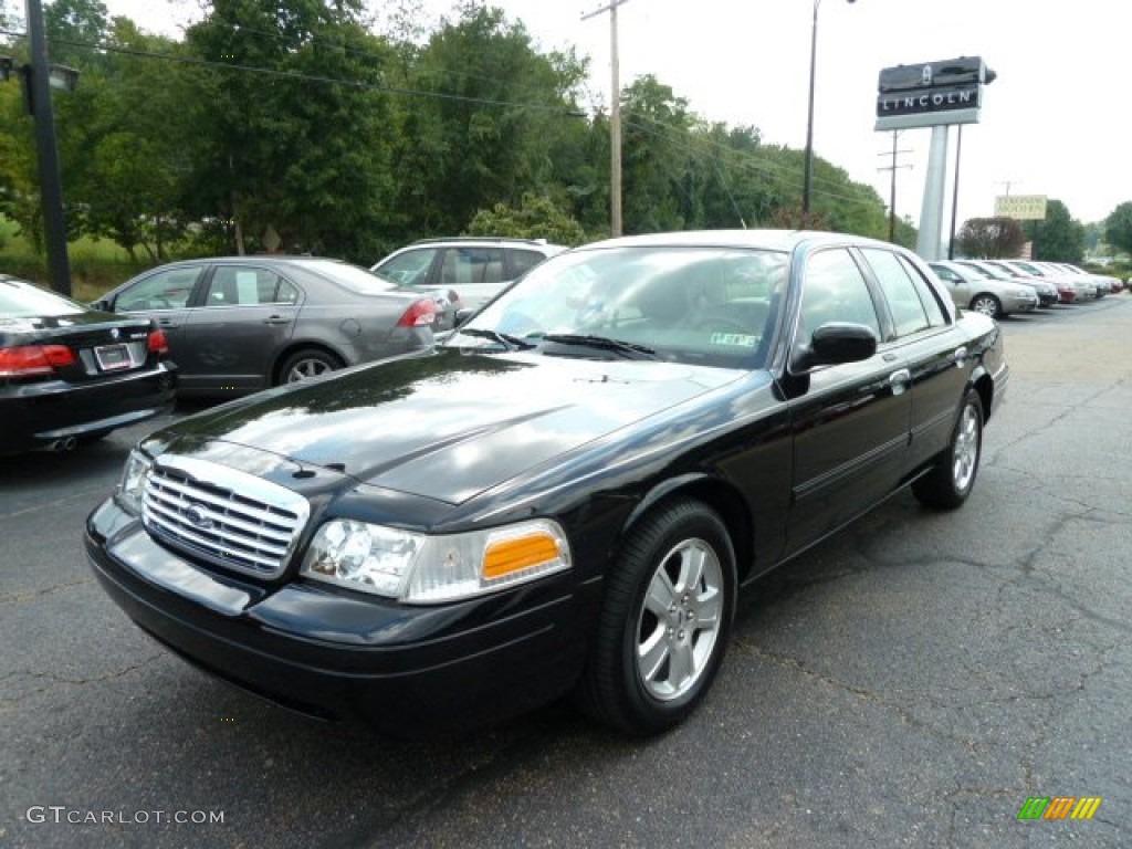 2011 Black Ford Crown Victoria Lx  53917945 Photo  2