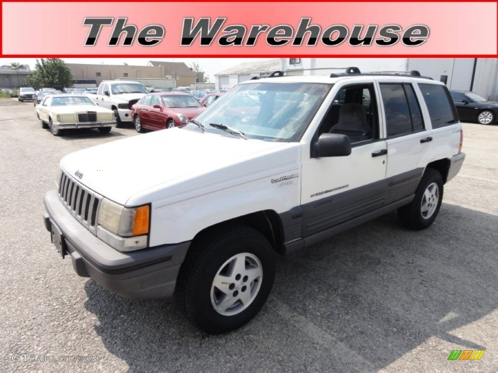 1995 stone white jeep grand cherokee laredo 4x4 53941245 car color galleries. Black Bedroom Furniture Sets. Home Design Ideas