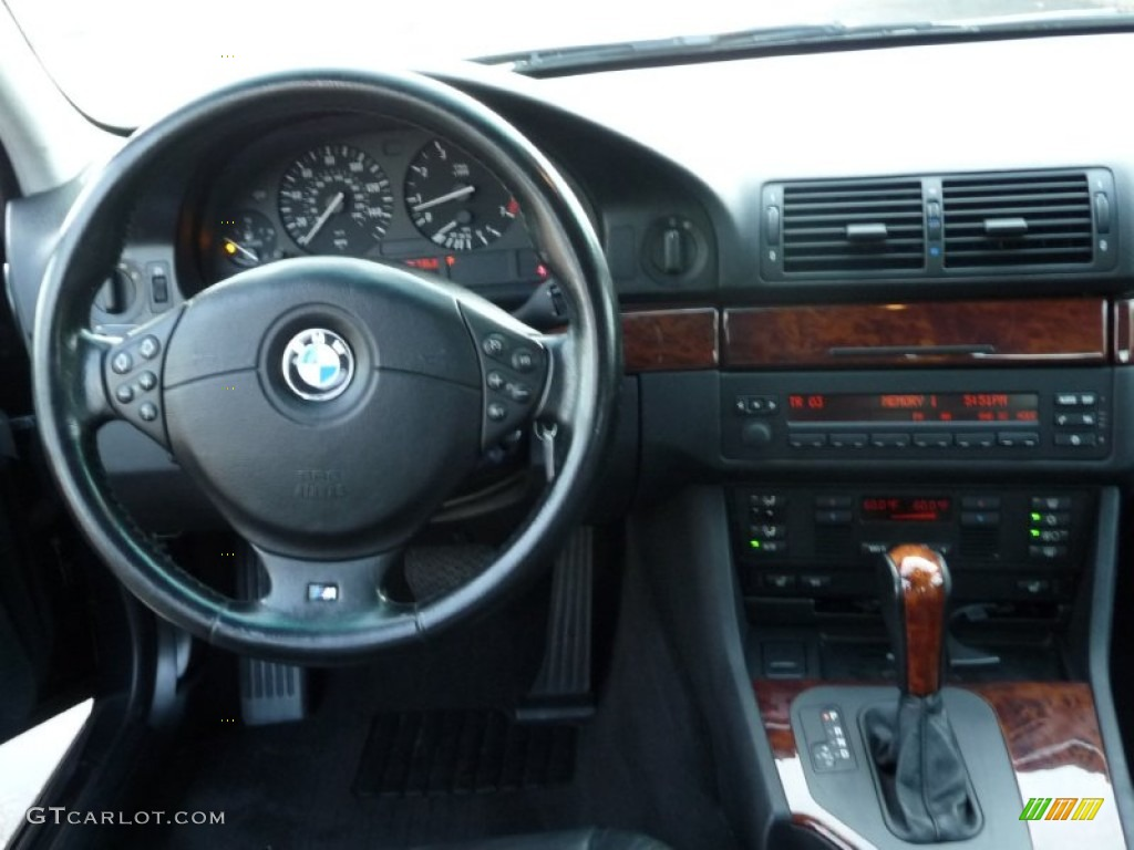2001 bmw 5 series 530i sedan black dashboard photo 53963009