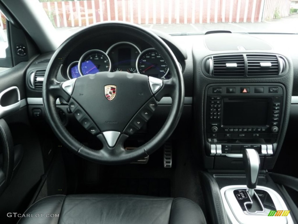 2004 Porsche Cayenne S Black Dashboard Photo 53963174