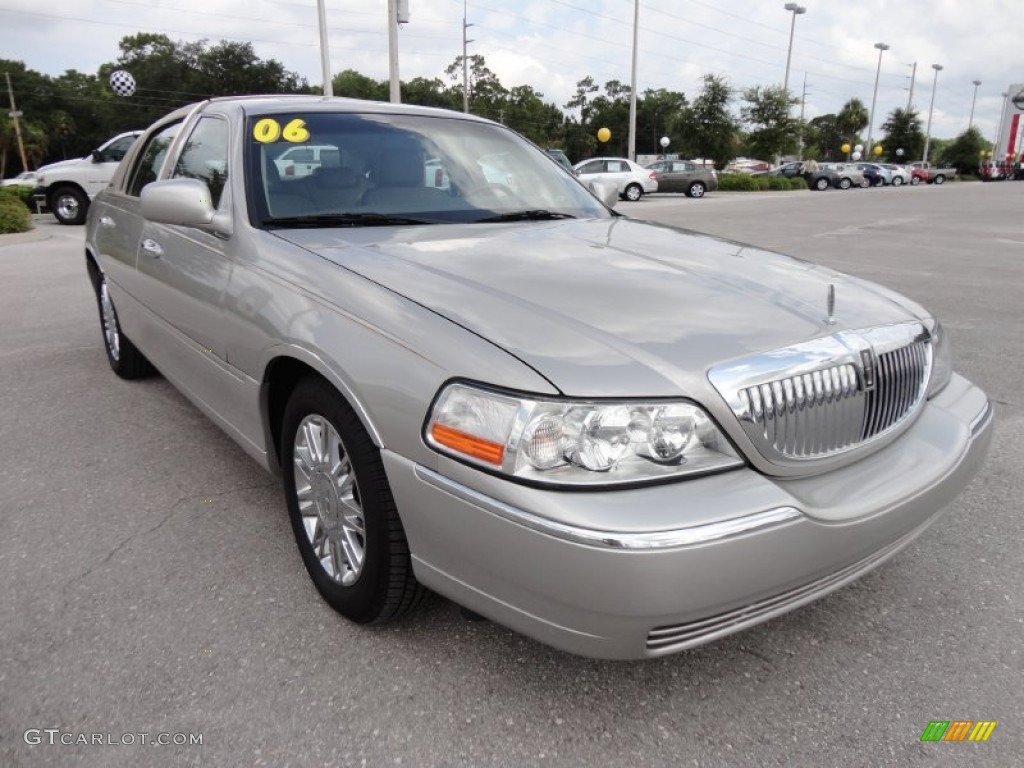 2006 Lincoln Town Car Designer Series Exterior Photos Gtcarlot Com