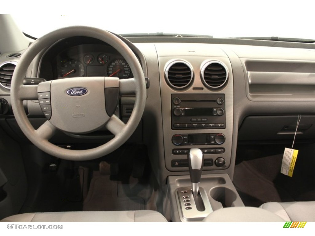 2006 Ford Freestyle Se Dashboard Photos