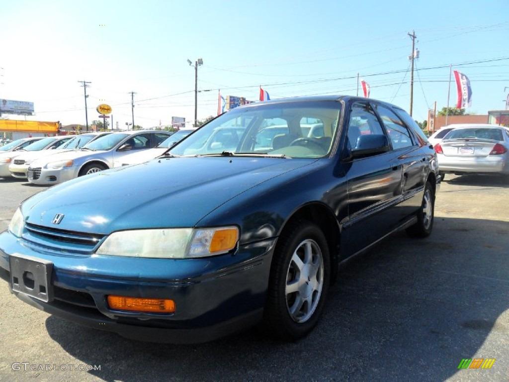 Kelebihan Honda Accord 1995 Murah Berkualitas