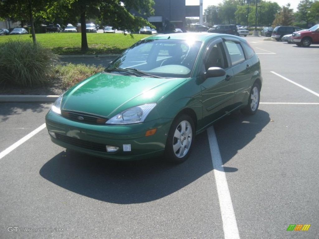 2002 grabber green metallic ford focus zx5 hatchback 53982145 car color galleries. Black Bedroom Furniture Sets. Home Design Ideas