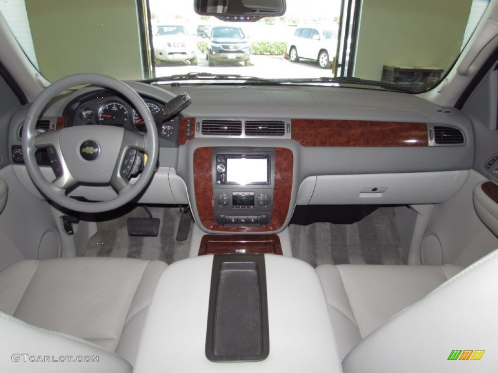 2009 Chevrolet Tahoe Ltz Light Titanium Dashboard Photo 54158883