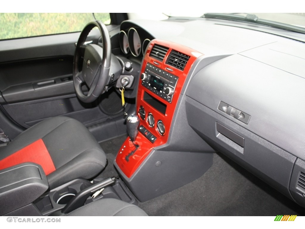 dark slate gray red interior 2009 dodge caliber r t photo 54188275. Black Bedroom Furniture Sets. Home Design Ideas