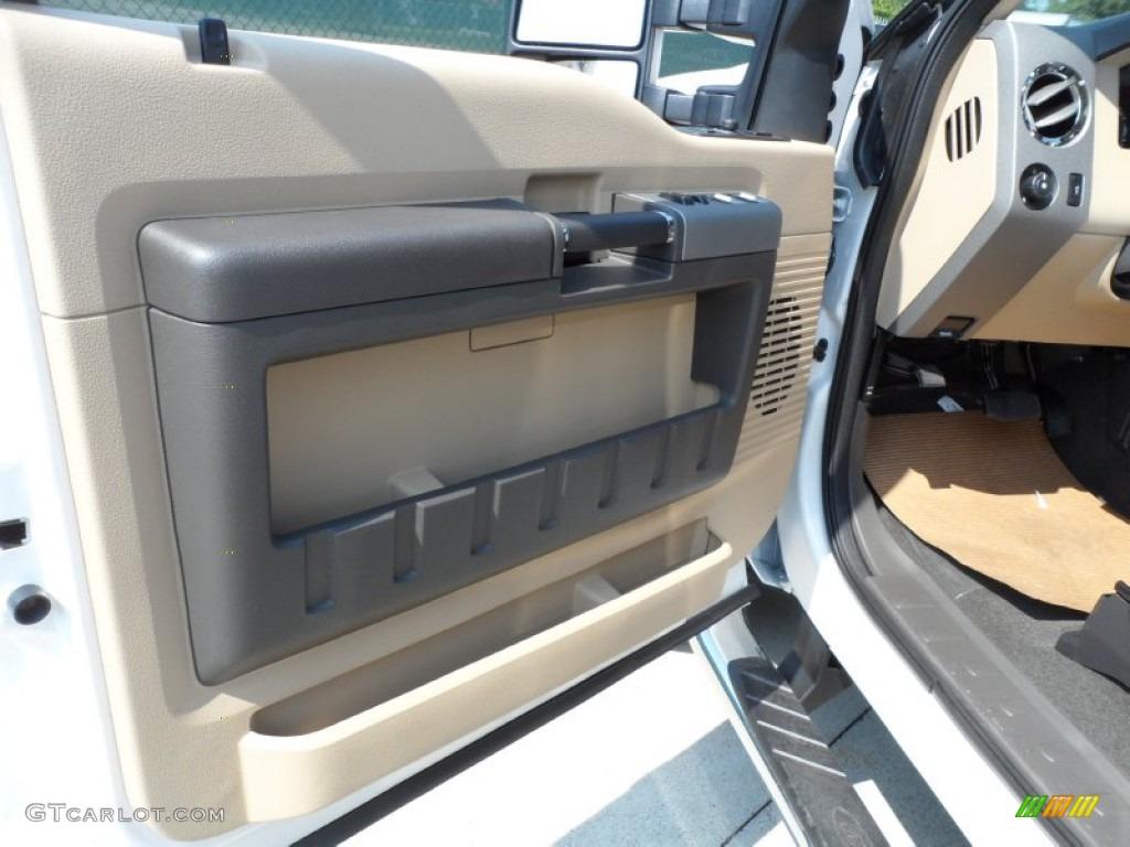 2012 F250 Super Duty Lariat Crew Cab 4x4 - White Platinum Metallic Tri-Coat / Adobe photo #25