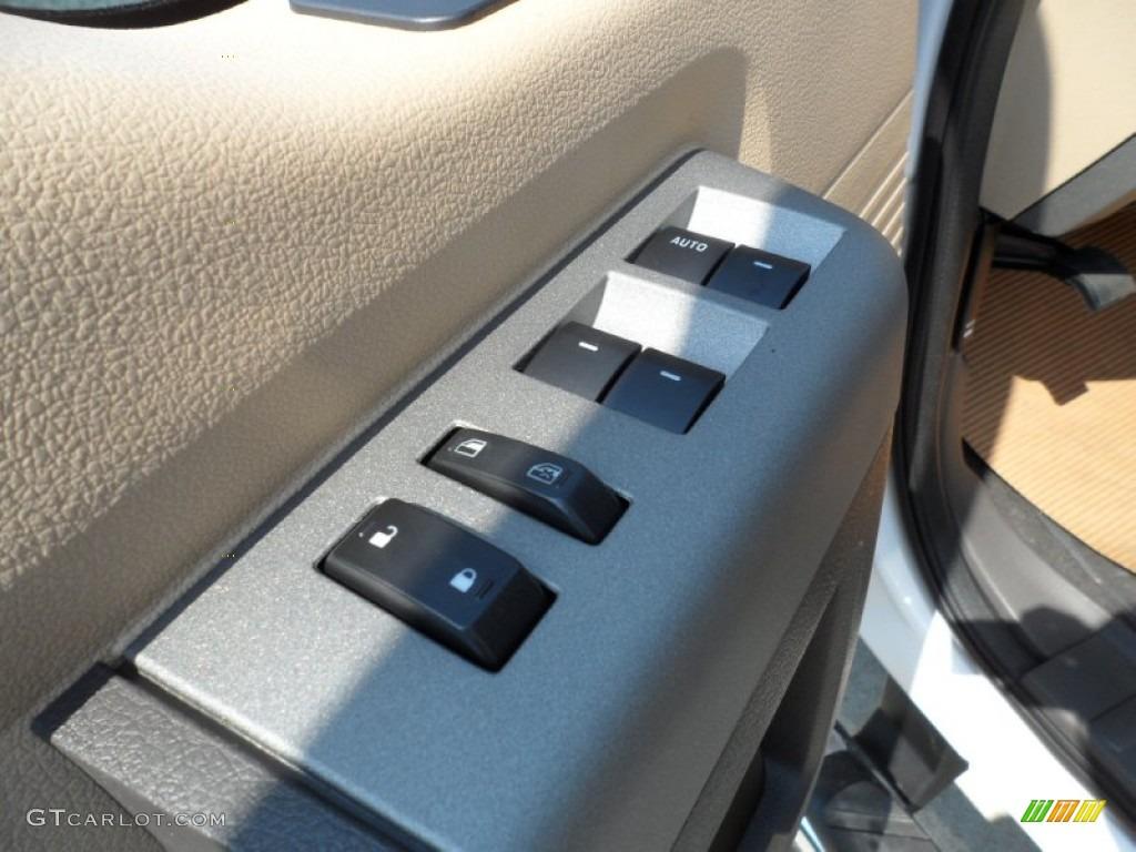 2012 F250 Super Duty Lariat Crew Cab 4x4 - White Platinum Metallic Tri-Coat / Adobe photo #26