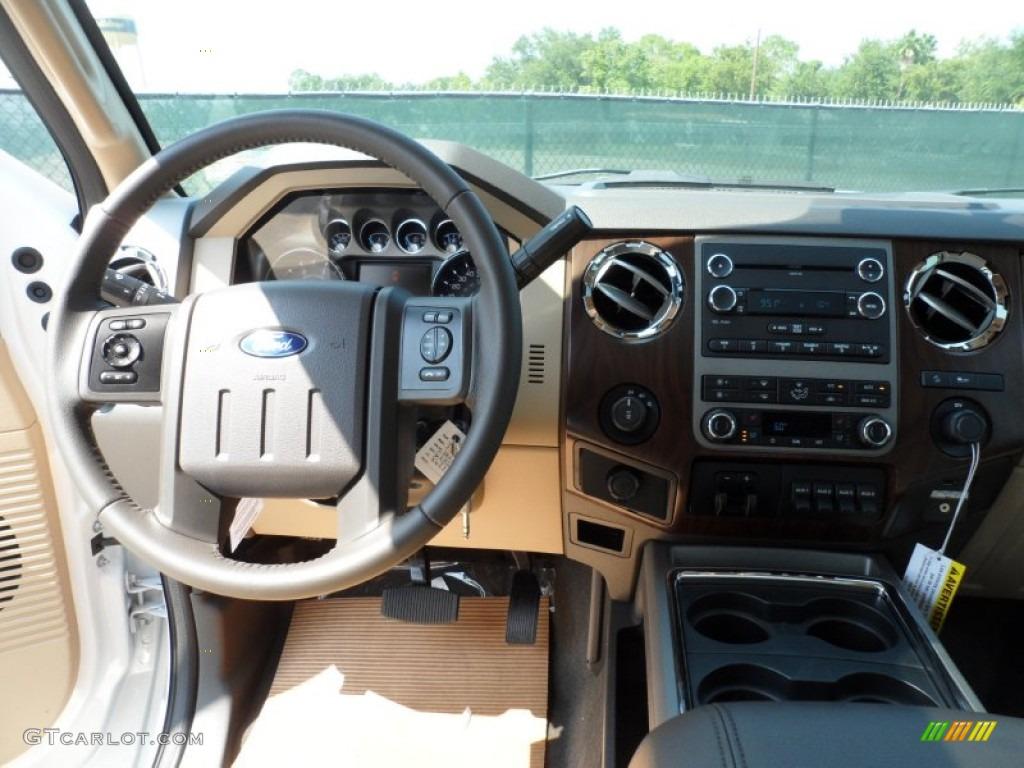 2012 F250 Super Duty Lariat Crew Cab 4x4 - White Platinum Metallic Tri-Coat / Adobe photo #30