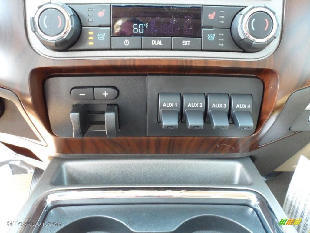 2012 F250 Super Duty Lariat Crew Cab 4x4 - White Platinum Metallic Tri-Coat / Adobe photo #34