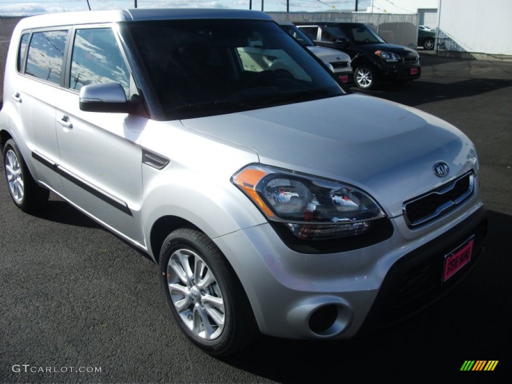 Bright silver 2012 kia soul exterior photo 54220575 2012 kia soul exterior colors