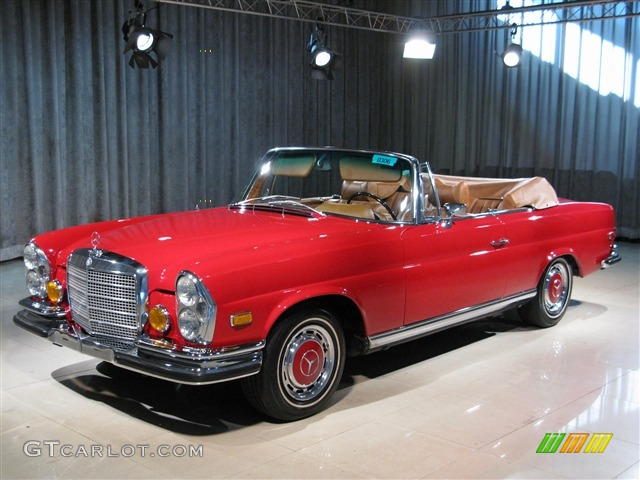 1971 red mercedes benz s class 280se 3 5 convertible for Mercedes benz red convertible
