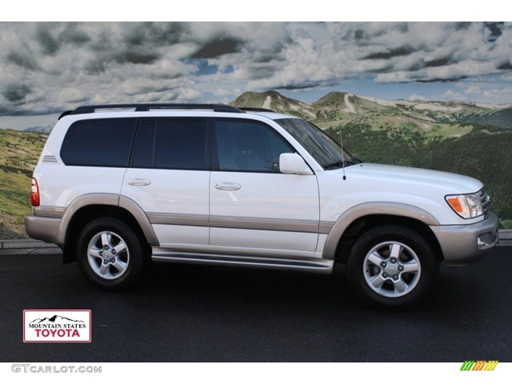 2004 Natural White Toyota Land Cruiser 54230258