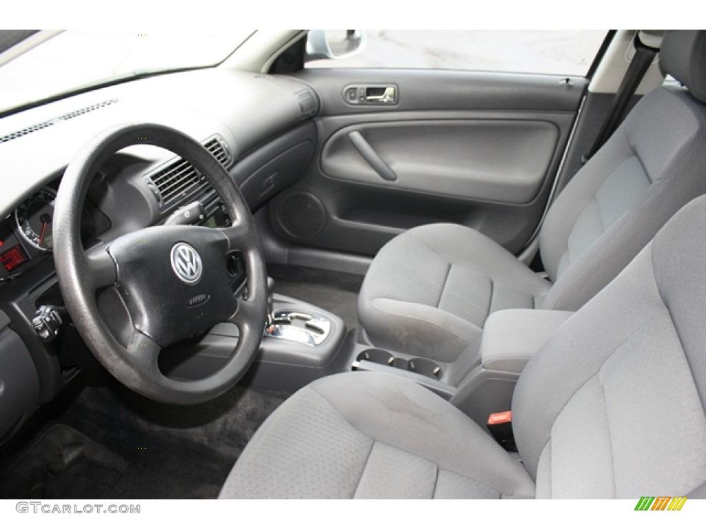 2004 volkswagen passat sedan tdi related infomation for Volkswagen passat interior