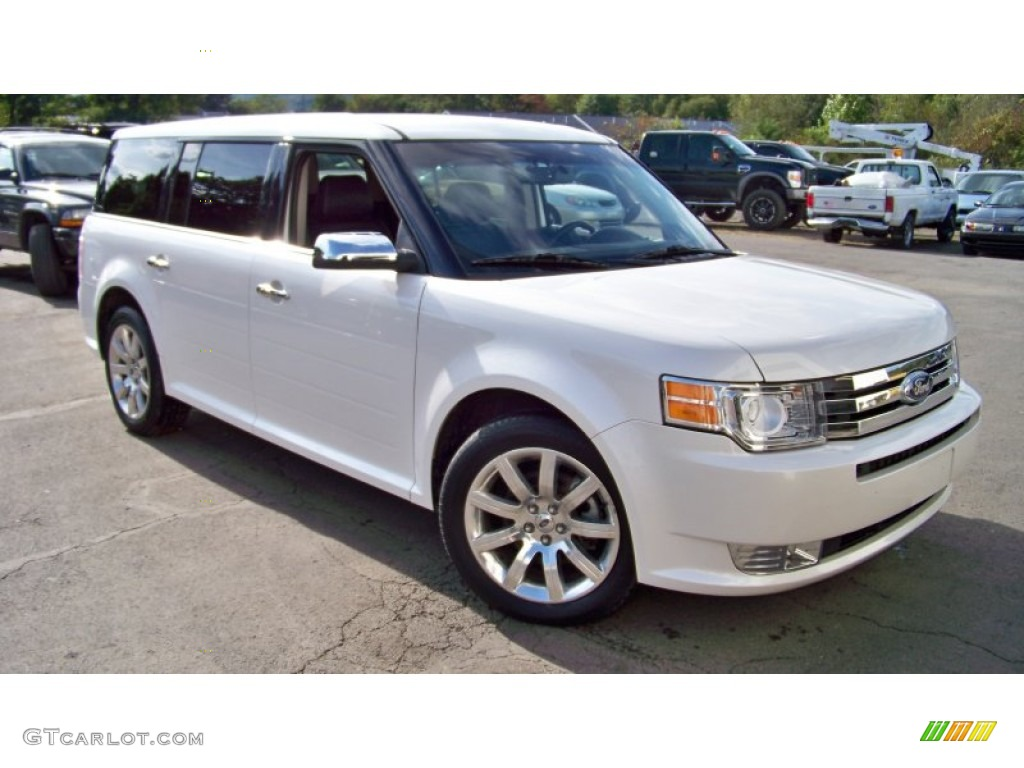 White Platinum Metallic Tri Coat  Ford Flex Limited Awd Exterior Photo