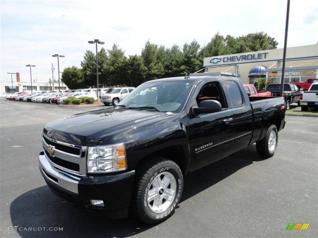 2011 Silverado 1500 LT Extended Cab - Black / Ebony photo #2