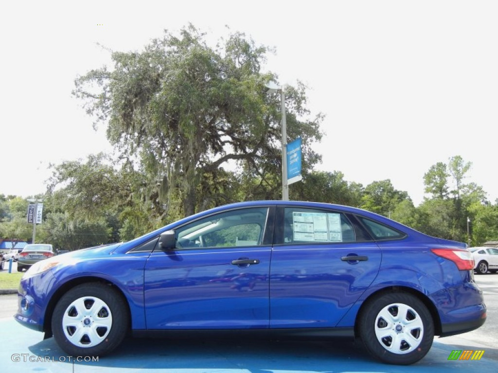 2012 Focus S Sedan - Sonic Blue Metallic / Charcoal Black photo #2