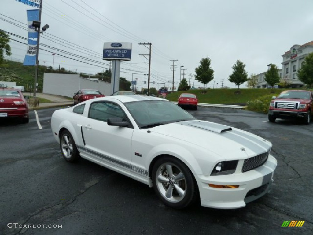 2007 Mustang Shelby GT Coupe - Performance White / Light Graphite photo #1