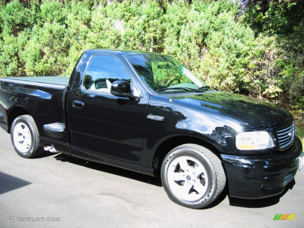 2002 F150 SVT Lightning - Black / SVT Medium Graphite photo #1 : 2002 ford lighting - azcodes.com