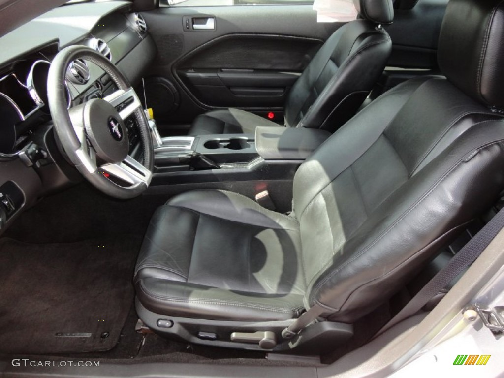 Black Interior 2006 Ford Mustang V6 Premium Coupe Photo #54492839