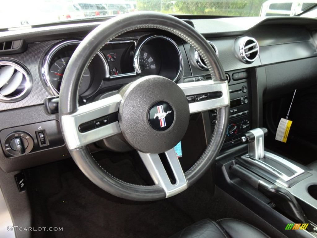 2006 Ford Mustang V6 Premium Coupe Black Steering Wheel Photo #54492857