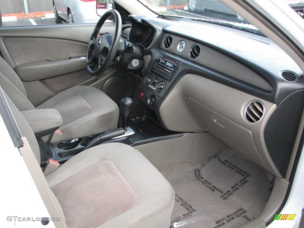 2003 mitsubishi outlander ls interior photos for Mitsubishi outlander interior dimensions