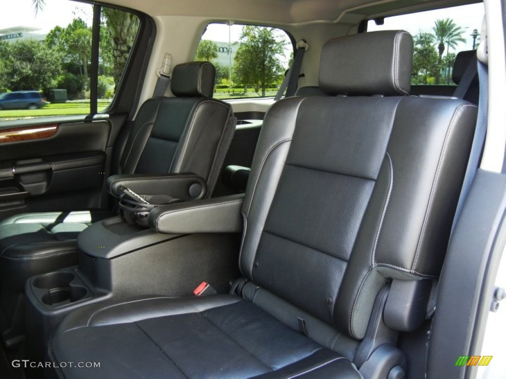 any news on the 2014 nissan armada autos post. Black Bedroom Furniture Sets. Home Design Ideas