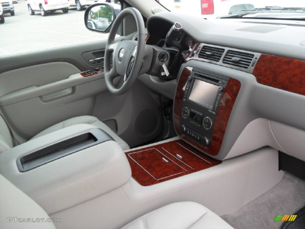 2003 Chevy Suburban Interior Car Interior Design