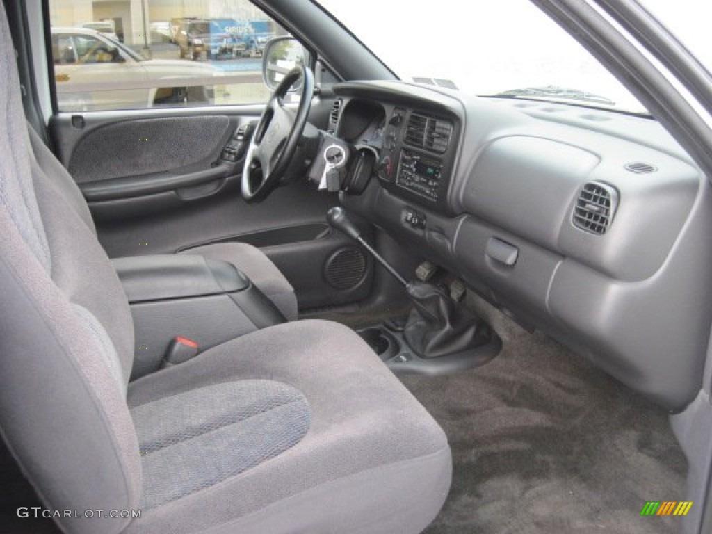 on 1995 Dodge Dakota Sport Interior
