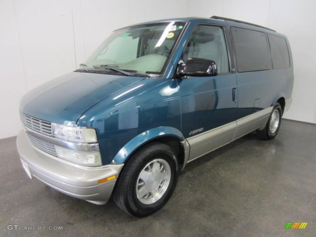 2001 Astro LS Passenger Van - Medium Cadet Blue Metallic / Pewter photo #1