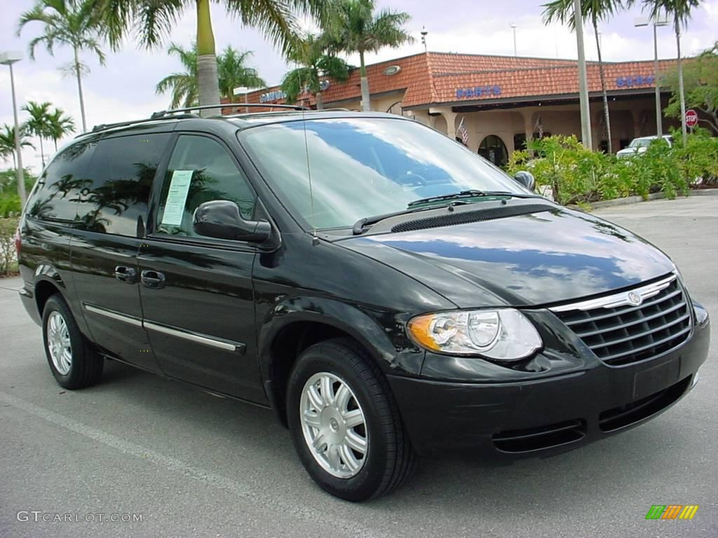 2006 brilliant black chrysler town country touring 5433389 car color galleries. Black Bedroom Furniture Sets. Home Design Ideas