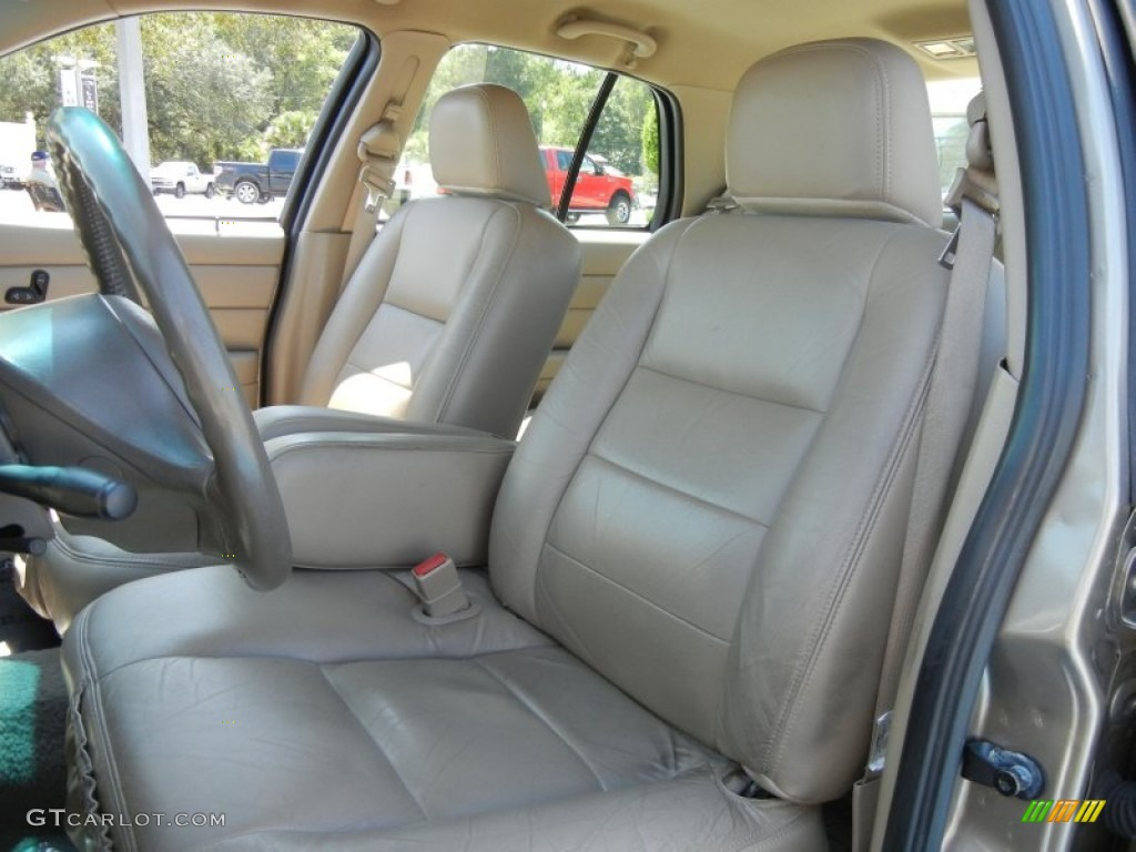 Medium Parchment Interior 2003 Ford Crown Victoria Lx Photo 54755046