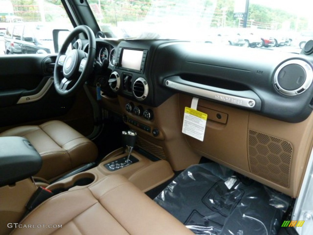 2012 Jeep Wrangler Unlimited Sahara 4x4 Interior Photo