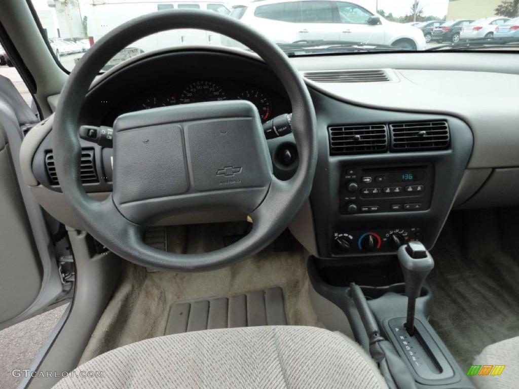 2001 Chevrolet Cavalier Ls Sedan Medium Gray Dashboard Photo 54790899