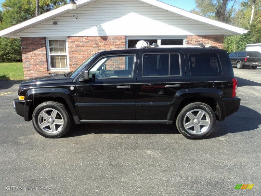 Black Clearcoat Jeep Patriot
