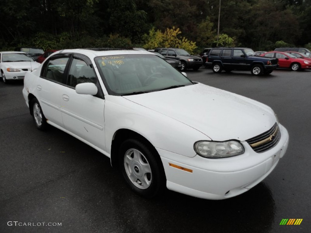2001 bright white chevrolet malibu ls sedan 54815207. Black Bedroom Furniture Sets. Home Design Ideas
