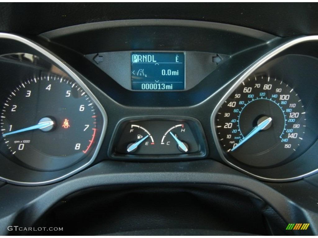 2012 Focus SE Sedan - Sonic Blue Metallic / Charcoal Black photo #8
