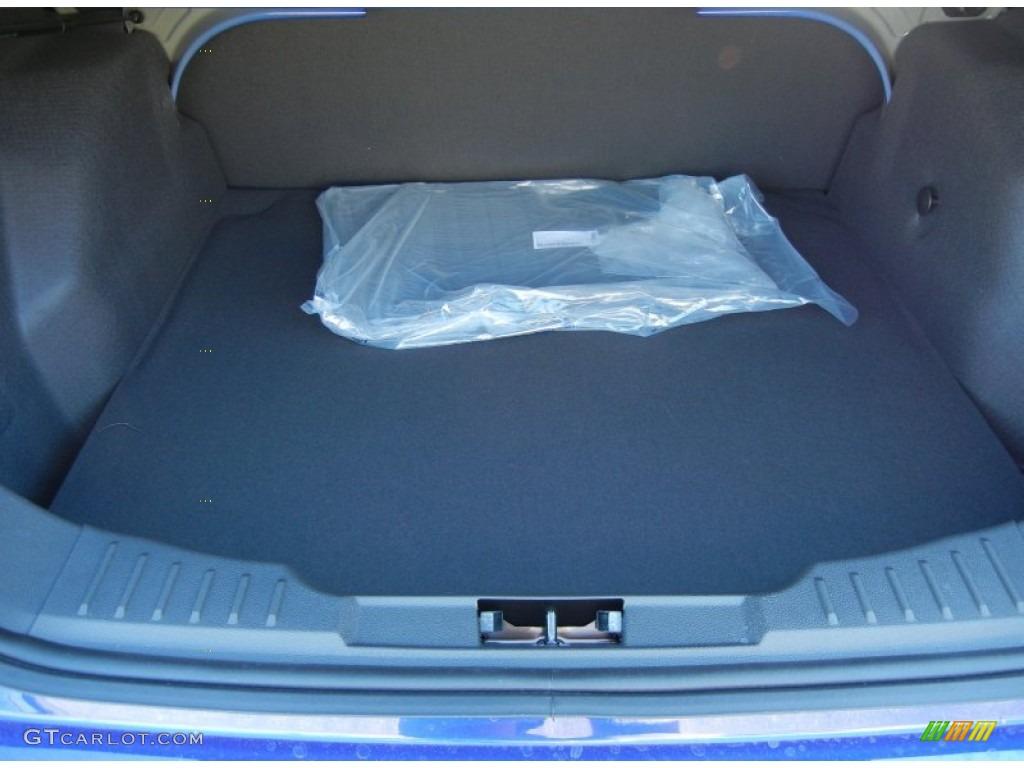 2012 Focus SE Sedan - Sonic Blue Metallic / Charcoal Black photo #10