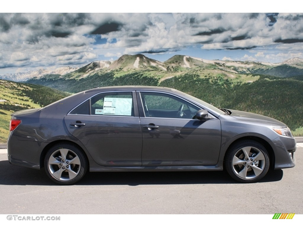 magnetic gray metallic 2012 toyota camry se v6 exterior photo 54905474. Black Bedroom Furniture Sets. Home Design Ideas
