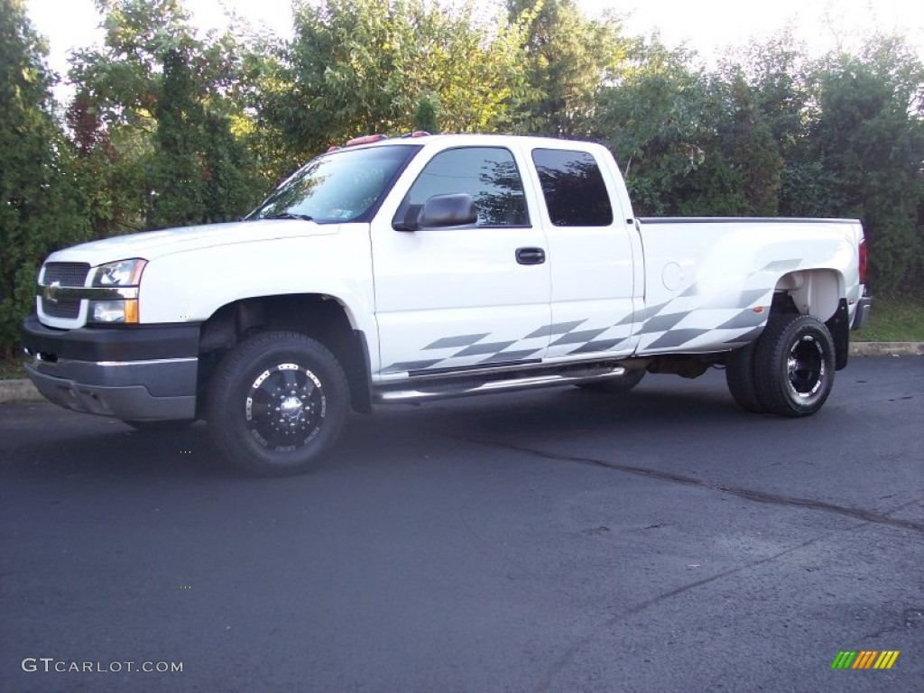 2003 Silverado 3500 LT Extended Cab 4x4 Dually - Summit White / Dark Charcoal photo #10
