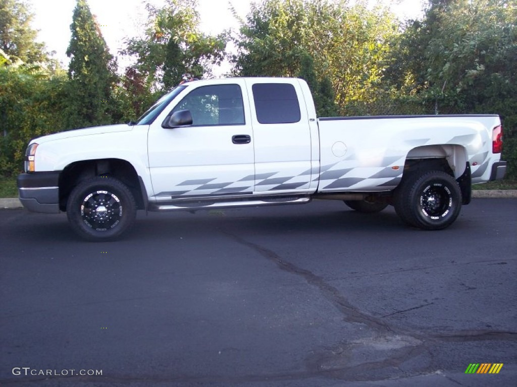 2003 Silverado 3500 LT Extended Cab 4x4 Dually - Summit White / Dark Charcoal photo #11